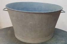 bac en zinc / baignoire / bassine