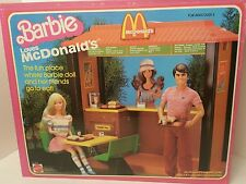 1982 Mattel BARBIE LOVES McDONALD'S play set #5559 Vntge in original Box 95% com