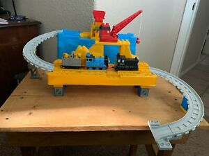 Mega Bloks 10519 - Thomas & Friends Busy Day at the Quarry