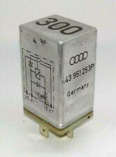 AUDI Relais Nr. 300 443951253P Spannungsschutzrelais TDI