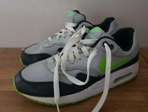 Used Nike Air Max  Size UK 5