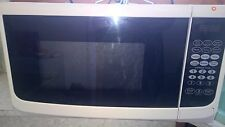 HOMEMAKER white microwave oven only used a couple of times pick up coburg