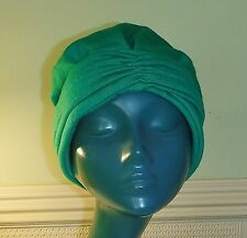 SMALL VINTAGE EMERALD GREEN TURBAN VERY STYLISH HAS LOST LABEL BUT OOZES CLASS