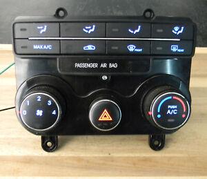 Hyundai Elantra Touring  Heater A/C Climate Control 09-10  E1021737