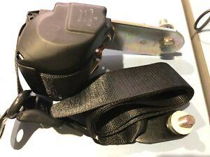 Mercedes W461 G-Wagen seat belt assembly Left Front - A461 860 25 85, 4618602585