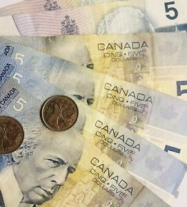 CANADA LEFT OVER HOLIDAY MONEY C$30.50 CANADIAN DOLLARS BANKNOTES/COINS CASH