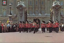 BF25059 london the queen guards parade  united kingdom front/back image
