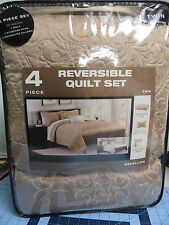 NEW- Reversible Quilt Set w/ Sham & 2 Pillows- Taupe - Medallion- Twin Size