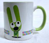 Hallmark Hoops And Yoyo Ceramic 12 oz Coffee Mug 2005 YOYO Green White VGUC