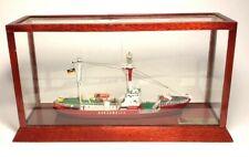 1:400 Feuerschiff BORKUM RIFF - Wasserlinienmodell in Glasvitrine . -Collecta