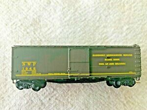 1992 Microtrains 39140 Northwestern Pacific 40' wood sheathed boxcar, NIB