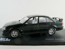 IXO #7 Opel Lotus Omega (1989-1992) in dunkelgrünmetallic 1:43 NEU/PC-Vitrine