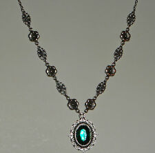 VICTORIAN STYLE FLOWER FILIGREE DEEP GREEN CRYSTAL DARK SILVER PLATED NECKLACE