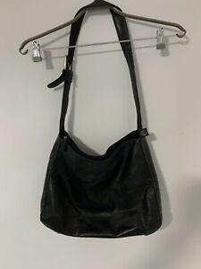 Manzoni Black Leather Shoulder Bag