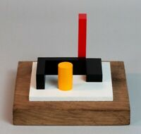 SCULPTURE EN BOIS POLYCHROME ABSTRACTION NEOPLASTICISME SIGNEE NUMEROTEE  (4)