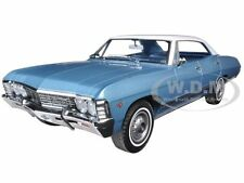 1967 CHEVROLET IMPALA 4 DOORS SPORT SEDAN BLUE/WHITE 1/18 BY GREENLIGHT 19008