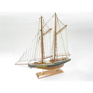 Bluenose Schooner Starter Boat Kit: Build Your Own Wooden Model Ship