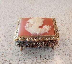 Beautiful Vintage Gold Japanese Sankyo Music Box With Cameo Head LOOK
