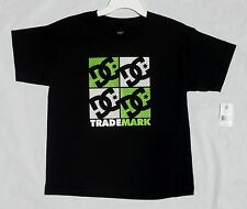 NEW BOYS YOUTH SIZE XL 18-20 DC TRADEMARK T-SHIRT - BLACK, LIME GREEN & WHITE!
