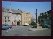 POSTCARD GLOUCESTERSHIRE STOW ON THE WOLD - THE CROSS & KING ARMS HOTEL