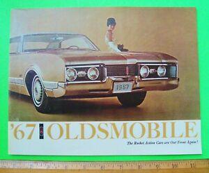 1967 OLDSMOBILE DLX COLOR CATALOG Brochure 48-pgs TORONADO 4-4-2 Cutlass XLNT+