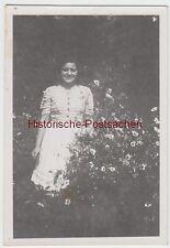 (F7627) Orig. Foto Reichsgartenschau 1943, junge Frau Lilo im Freien