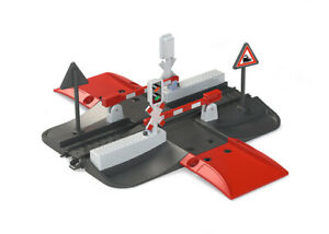Marklin 72215 HO My World Railroad Grade Crossing with Lights & Sound