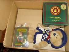 Boyds Bears Club gift box set with plush brooch papers and figurine Nwt lot