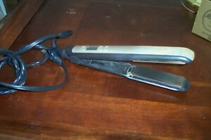 Womens Remington Black and Champagne Flat Iron 430 to 300