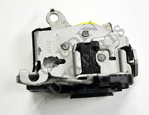 FORD OEM Front Door-Lock Latch Kit 6C2Z1521813A