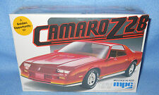 MPC Camaro Z28-Molded in Red 1/25  1-0814 USA 1982-FS Box-Model Car Swap Meet
