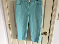 Woman's Talbots signature size 10 petite blue zip front cotton blend Capri pant