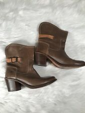 Frye Boots 8.5 Womens Brown