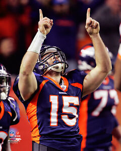 Tim Tebow GRATITUDE (2011) Denver Broncos NFL Action Premium Poster Print