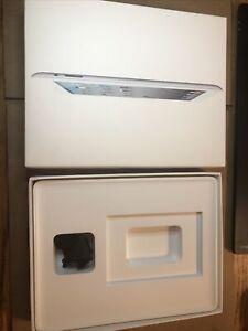 Apple iPad 2nd Gen 32GB Wi-Fi  White EMPTY BOX Only !