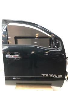 2017 - 2019 NISSAN TITAN RIGHT FRONT DOOR FRAME MAGNETIC BLACK (G41) *DAMAGE*