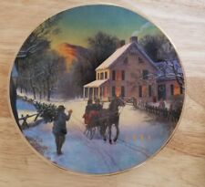 """plate avon """"Home for the Holidays"""" 1988 Christmas Porcelain 22k trimmed"""