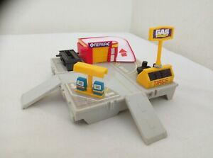 1988 Galoob Micro Machines Travel City - Service Station