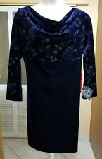 CDC RAMPAGE CLOTHING LADIES BEAUTIFUL BLUE VELVET DRESS - Size 16
