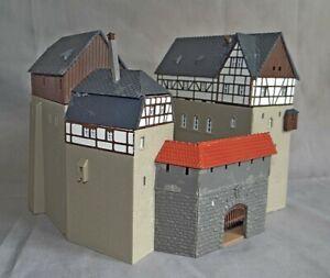 FORTRESS OR CASTLE, FALLER, N GAUGE / SCALE