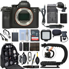 Cámara Digital Sony Alpha a7 III Mirrorles 24MP Cuerpo + Kit de Video 64GB Pro