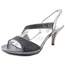 Calzado de mujer sandalias con tiras de color principal plata sintético
