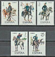 Sellos de España - 1977 uniformes militares españoles serie 8th en condición estampillada sin montar o nunca montada
