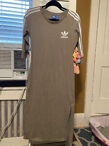 Adidas Womans Dress Size Medium Khaki/ Olive Color 3/4 Sleeve Rarely Worn
