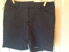 Larry Levine Women's 6 Cotton Flat Front Shorts Pants Inseam 6 Black White