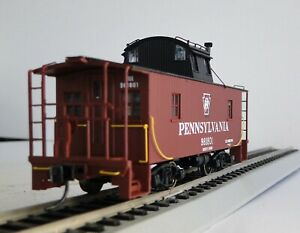 Walthers HO Scale Platinum Line 932-7652 Pennsylvania N6B Wood Caboose #981801