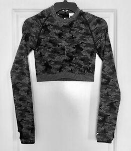 NWOT Women's GYMSHARK Adapt Camo Seamless Long Sleeve Crop Top Size M