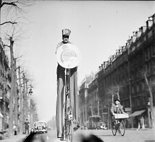 """PARIS c. 1950 - Curiosité Vélo """"Soda Minute""""  - Négatif 6 x 6 - N6 P7"""