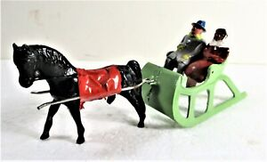 40S-50S BARCLAY METAL FIGURES SLEIGH RIDERS HORSE CHRISTMAS MODEL TRAIN VILLAGE