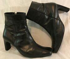Ladies Black Ankle Leather Boots Size 6.5 (704vv)